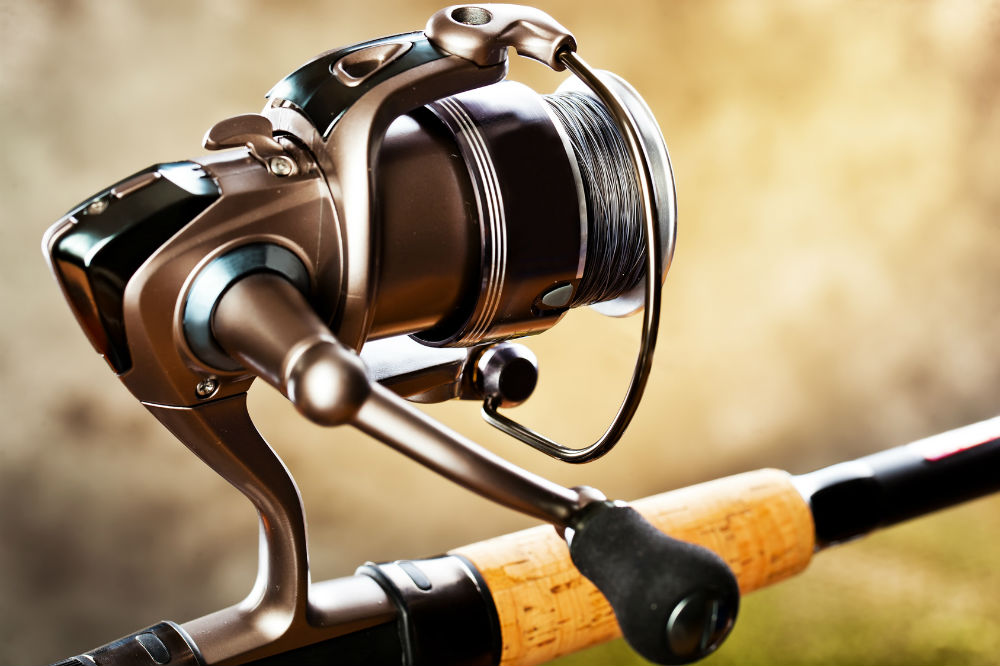 What size spinning reel is best for bass reel saltwater for Best spinning reel for bass fishing